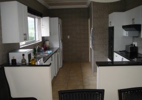 4 Bedrooms, House, For Sale, 3 Bathrooms, Listing ID undefined, Southbroom, KwaZulu-Natal, South Africa,