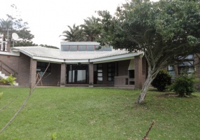 Southbroom,KwaZulu-Natal,South Africa,4 Bedrooms Bedrooms,3 BathroomsBathrooms,House,706