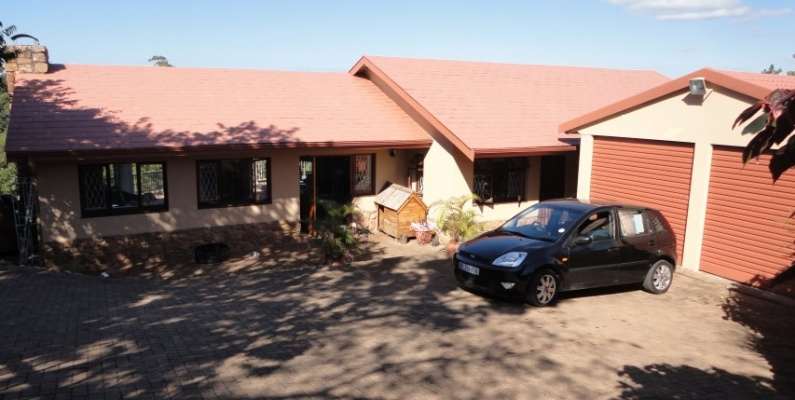 4 Bedrooms, House, For Sale, 2 Bathrooms, Listing ID undefined, Southbroom, KwaZulu-Natal, South Africa,